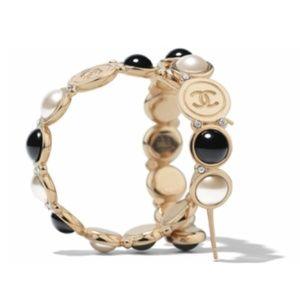 New Auth Chanel Loop Earrings FW19